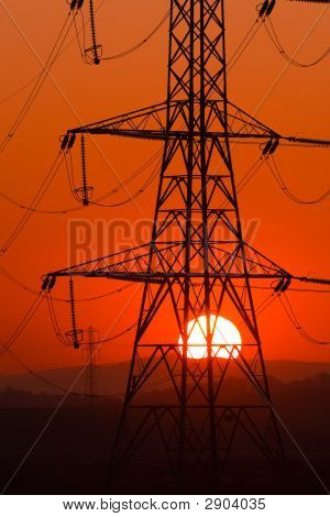 Sun Thru Pylon