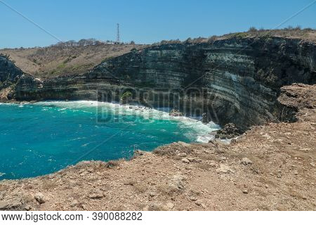 Tanjung Ringgit Cliff. The Hidden Germ Of East Lombok Island, Indonesia. High Cliffs At The Hidden P