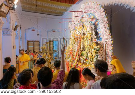 Kolkata, West Bengal, India - 6th October 2019 : Flowers Are Thrown And Pushpanjali Being Offered By
