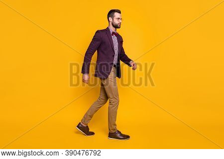 Full Length Profile Photo Of Handsome Rich Clothes Stylish Guy Boyfriend Well-dressed Business Man W