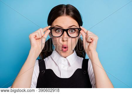 Close-up Portrait Of Her She Nice Attractive Pretty Amazed Brainy Knowledgeable Cheery Schoolgirl Ne