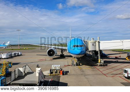 Amsterdam, Netherlands, 30/09/20. Klm Airlines Boeing 777 Jet Aircraft Parked At The Gate At Amsterd