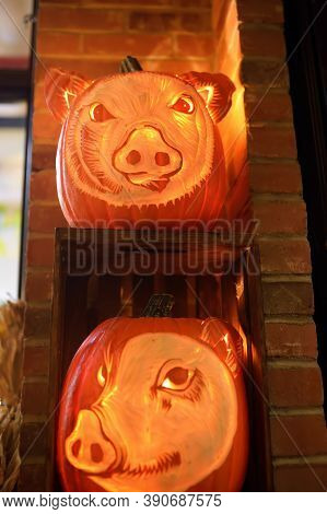 New York, Usa - October 20, 2018: Traditional Marketplace Chelsea Market In New York. Scary Hallowee