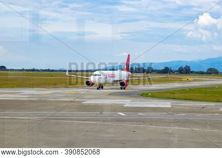 Palmira, Colombia - October, 2020:  Plane Of The Avianca Airline Landing At  The Alfonso Bonilla Ara