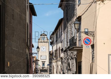 Vitorchiano,italy-april 30,2018:strolling In Narrow Streets Of Vitorchiano, One Of The More Beatiful