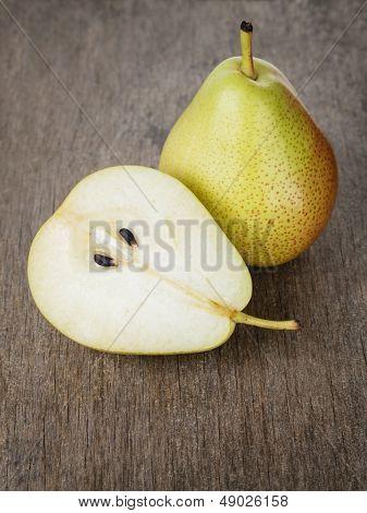 Ripe Williams Pears