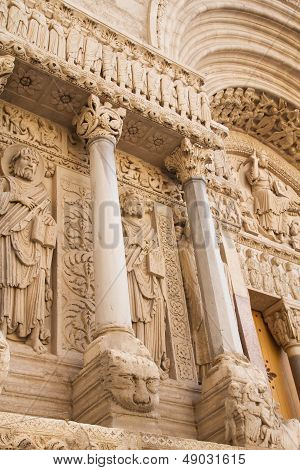 St Trophime Portal Detail (arles, France). Vertically.