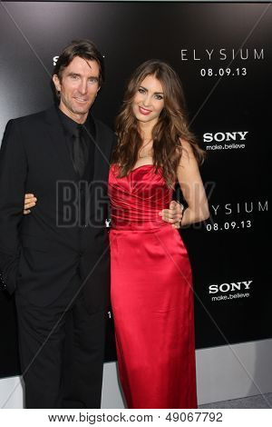 LOS ANGELES - AUG 7:  Sharlto Copley arrives at the
