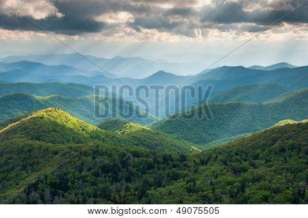 Great Smoky Southern Appalachian Mountain Light Show