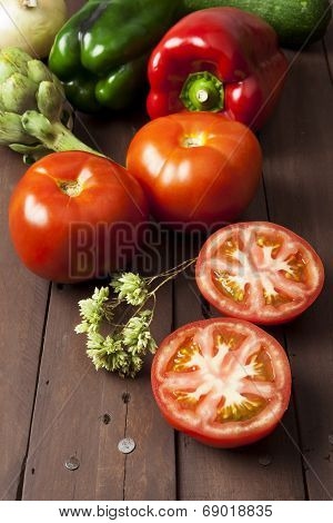 Tomatoes, Bell Peppers And Artichoke