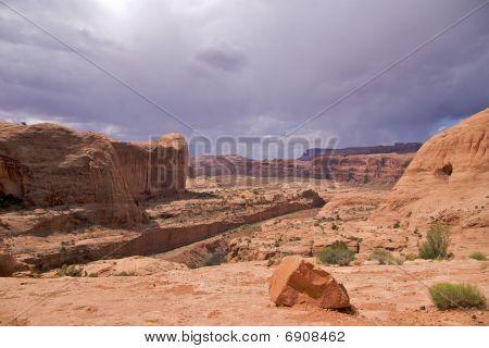 Colorado Plateau, Corona Arch Trail