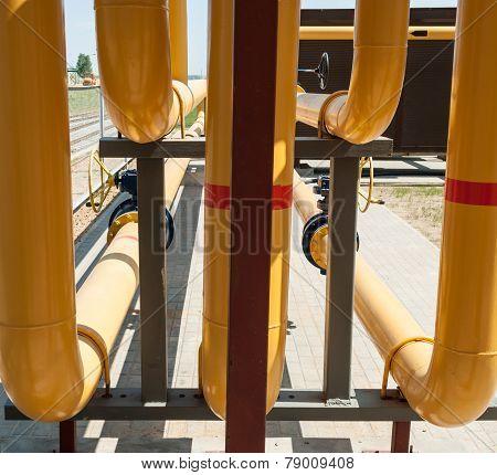 Yellow Pipeline.