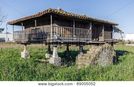 Horreo , Granary, Typical Galician House
