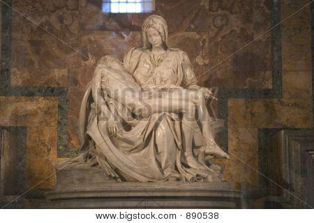 La Pieta Michael Angelo