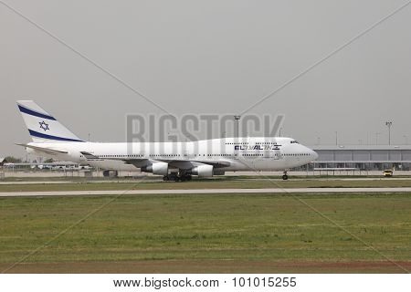 BUDAPEST, HUNGARY - APRIL 30: El Al Israel Arirlines Boeing 747 taxiing at Budapest Liszt Ferenc Airport, April 30th 2013. El Al is the flag carrier airline of Israel since 1948.