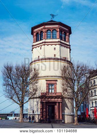 Schlossturm In Altstadt In Dusseldorf