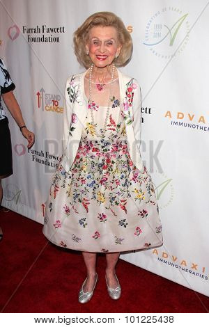 LOS ANGELES - SEP 9:  Barbara Davis at the Farrah Fawcett Foundation Presents 1st Annual Tex-Mex Fiesta at the Wallis Annenberg Center for the Performing Arts on September 9, 2015 in Beverly Hills, CA