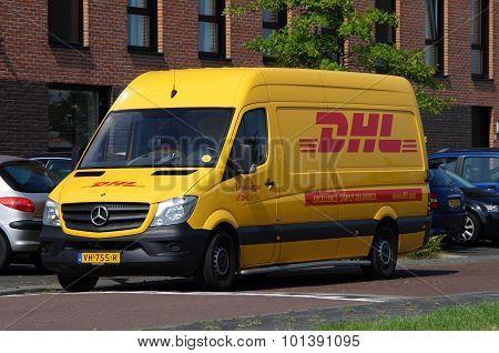 DHL delivery delivery van - Deutsche Post Mercedes Sprinter