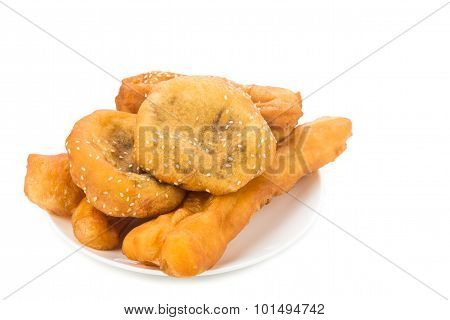 Combination Serving Of Delicious You Tiao, Han Chim Peng And Ma Geok.