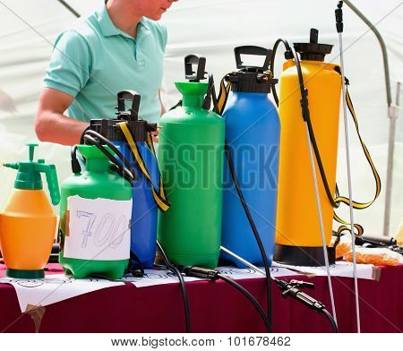 Sprayers For Gardening