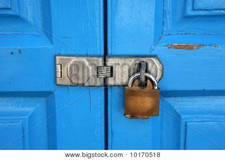 interlock padlock