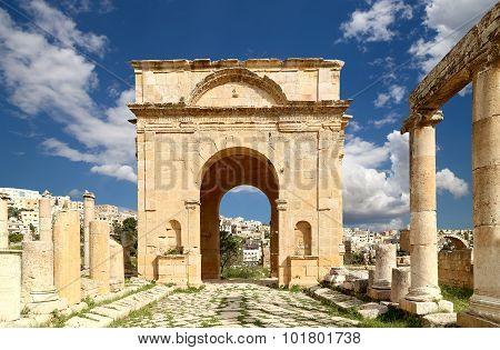 Roman Ruins In The Jordanian City Of Jerash (gerasa Of Antiquity)
