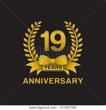 19th anniversary golden wreath logo black background