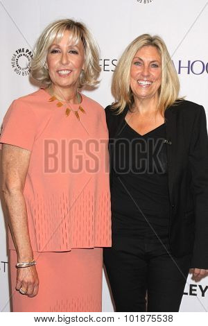 LOS ANGELES - SEP 16:  Carol Mendelsohn, Ann Donahue at the PaleyFest 2015 Fall TV Preview -