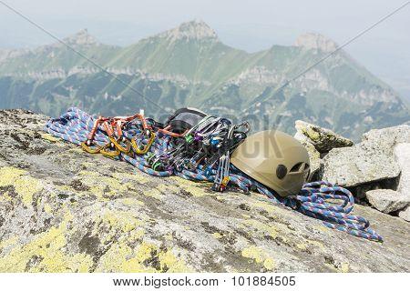 Equipment Mountaineer To Climb The Mountain
