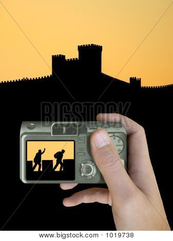 Ladrón en la pared de la fortaleza en la pantalla Lcd