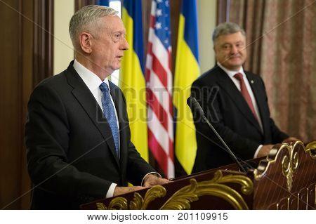 Petro Poroshenko And James Mattis