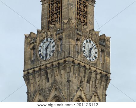 the clock and tower of bradford town hall