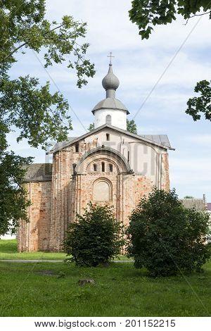 Yaroslav's court a medieval Orthodox churches the Church of St. Paraskeva bushes