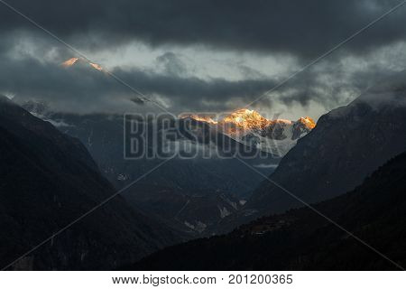 Dramatic Mountain Landscape In Sagarmatha National Park, Himalayas, Neplal, Dramatic Sunset In Mount