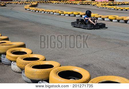 Kart Speed Rive Indor Race Opposition Race