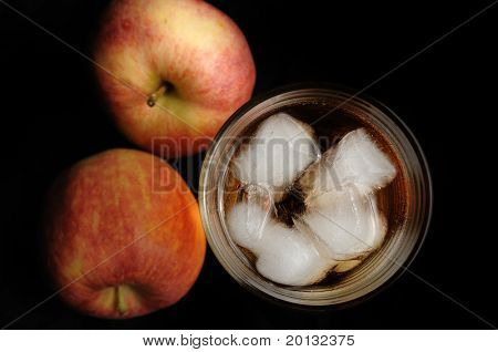 apple with a glass of juice