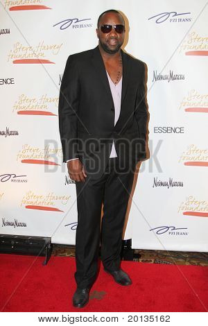 NEW YORK - MAY 3: Actor Malik Yoba attends the New York Gala benefiting the Steve Harvey Foundation at Cipriani's, Wall Street on May 3, 2010 in New York City.