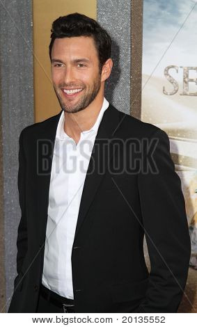 """NEW YORK - MAY 24: Actor Noah Mills attends the premiere of """"Sex and the City 2"""" at Radio City Music Hall on May 24, 2010 in New York City."""