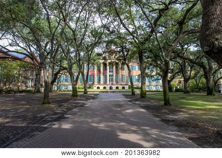 College of Charleston, the oldest municipal college in America, founded in 1770