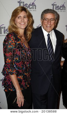 NEW YORK - DECEMBER 6: Singer Tony Bennett and wife Susan attends the Face of Tisch gala at the Frederick P. Rose Hall at Lincoln Center on December 6, 2010 in New York City.