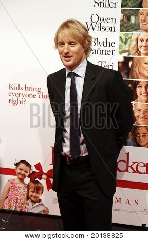 "NEW YORK - DECEMBER 15: Owen Wilson attends the world premiere of ""Little Fockers"" at the Ziegfeld Theatre on December 15, 2010 in New York City."