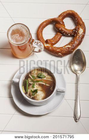 overview of bavarian semolina dumplings in broth