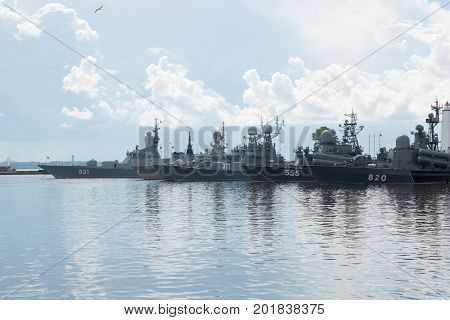 Russian military sea forced at Ukraine Krim