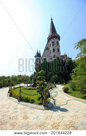 In Love With The Wind, The Castle Of Ravadinovo - Bulgaria