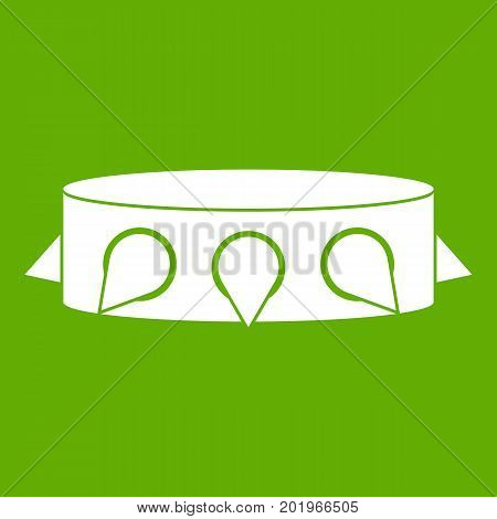Rock collar icon white isolated on green background. Vector illustration