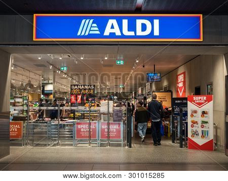 Melbourne, Australia - December 9, 2018: Aldi Is A German Discount Supermarket, Operated By The Aldi