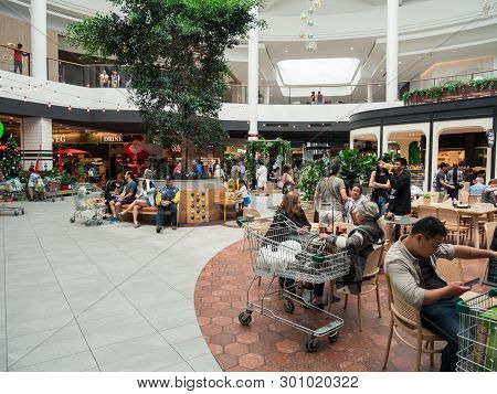 Melbourne, Australia - December 9, 2018: The Glen Shopping Centre Is A Major Shopping Mall In Glen W