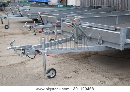 Open Car Trailer.shop For The Sale And Assembly Of Car Trailers.