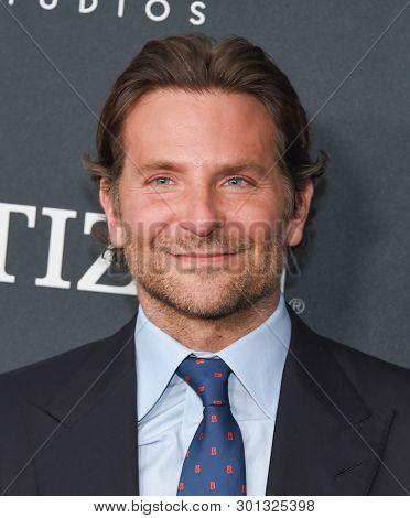 LOS ANGELES - APR 22:  Bradley Cooper arrives for the