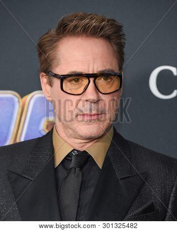 LOS ANGELES - APR 22:  Robert Downey Jr.  arrives for the